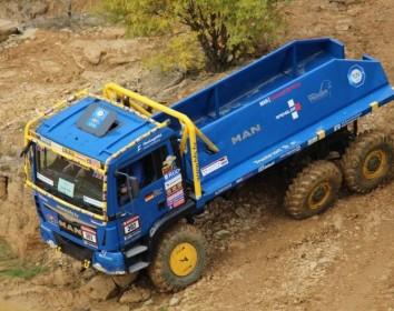 Bau- und Schwerlastfahrzeuge in Aktion