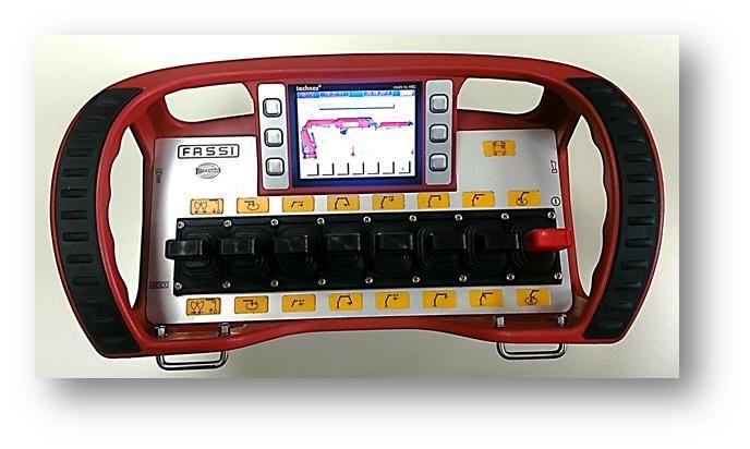 Fassi-V7-Radio-Remote-Control-002_web