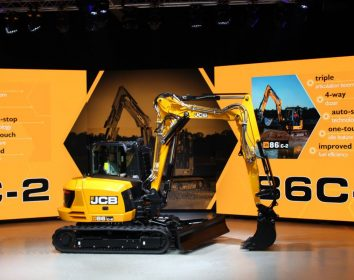 JCB – Big Bang bei JCB