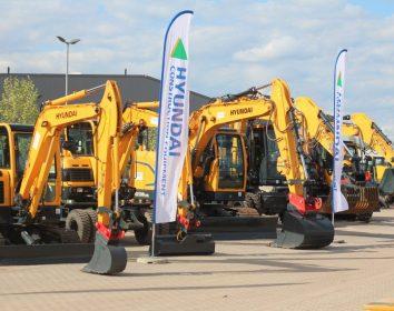 Hyundai – Erfolgreiche Hausmesse bei Hyundai-Händler Wortmann – Baumaschinen in Saarwellingen