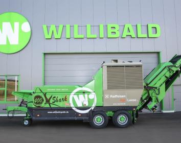 """Willibald Recyclingtechnik liefert den 400. Schredder """"Shark"""" aus"""