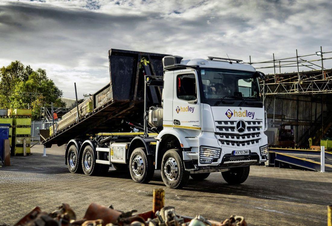 Daimler Truck-Mercedes Benz (2)