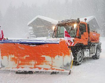 Unimog im Winterdienst: Kampf dem Schnee