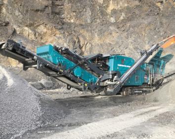 Kölsch/Christophel – Raupenmobiler Prallbrecher mit 16-Tonnen-Herz